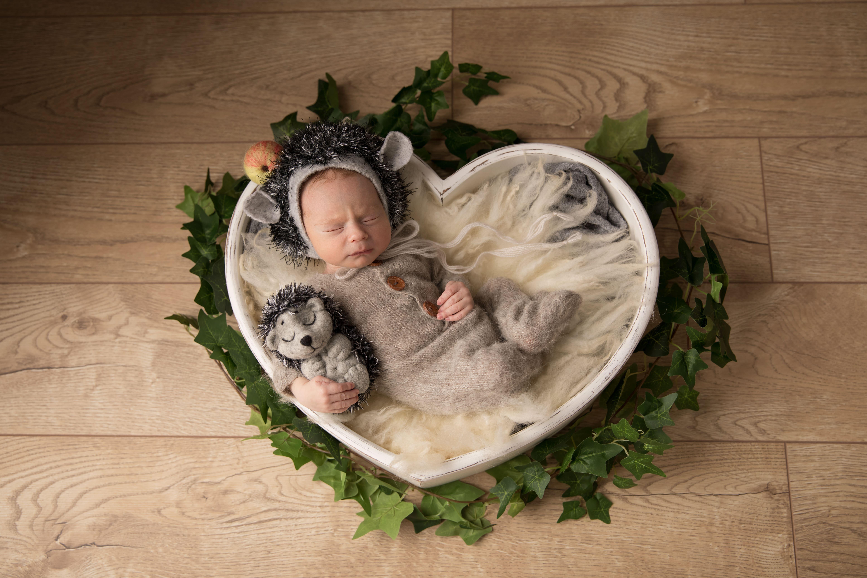 осенняя фотосессия новорожденного