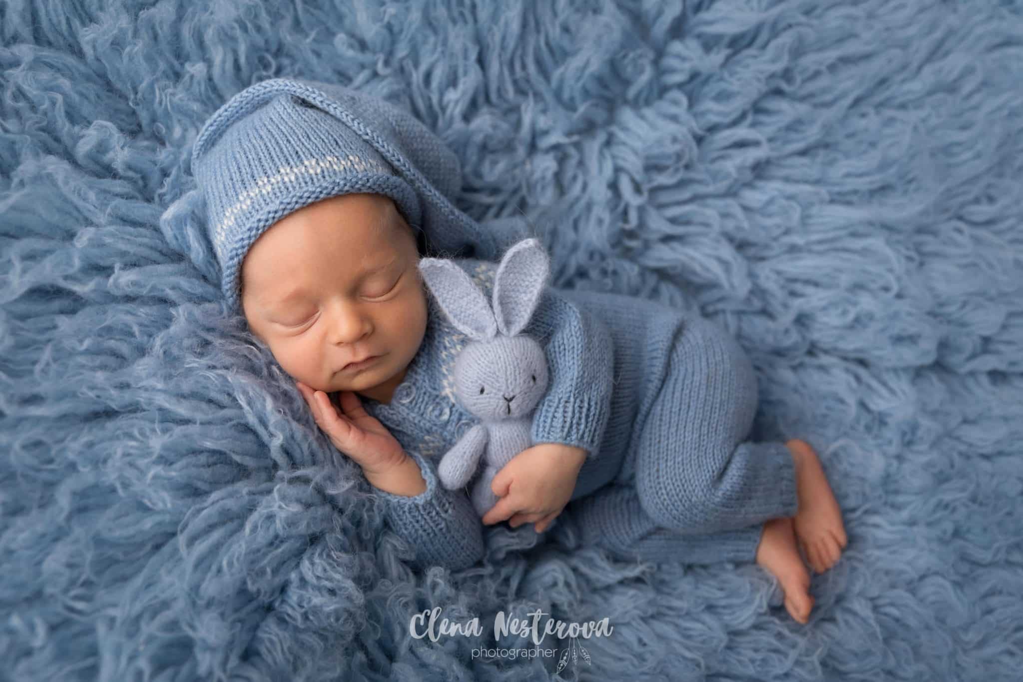 фотосессии новорожденных в вязанных вещах