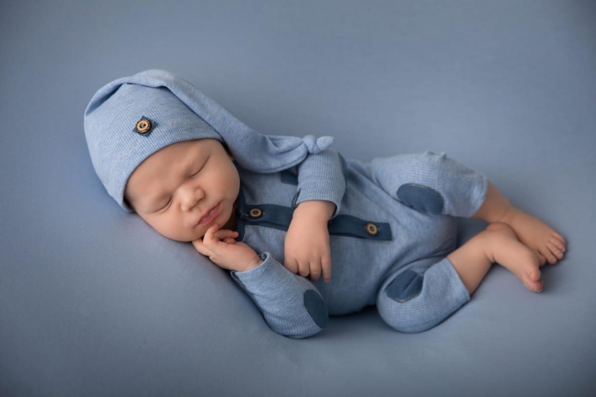 Фотограф новорожденного в Гдове