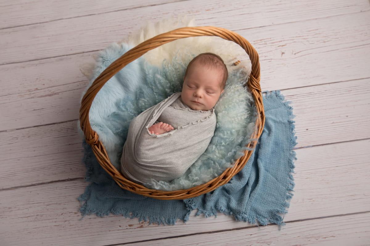 Фотограф новорожденного в Шушарах
