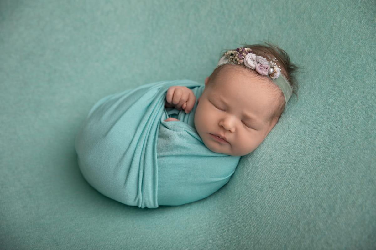 Фотосъемка младенца в Старой Ладоге