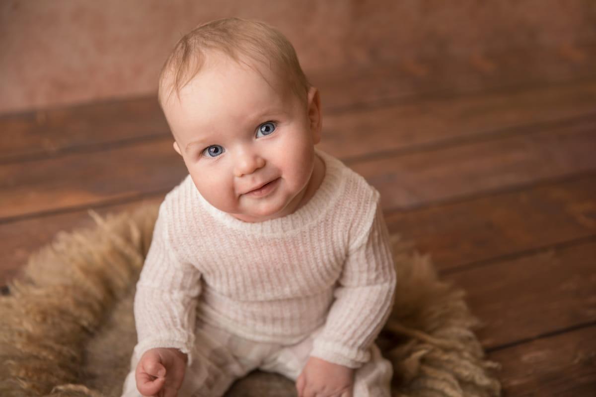 Фотосессия малыша на 7 месяцев
