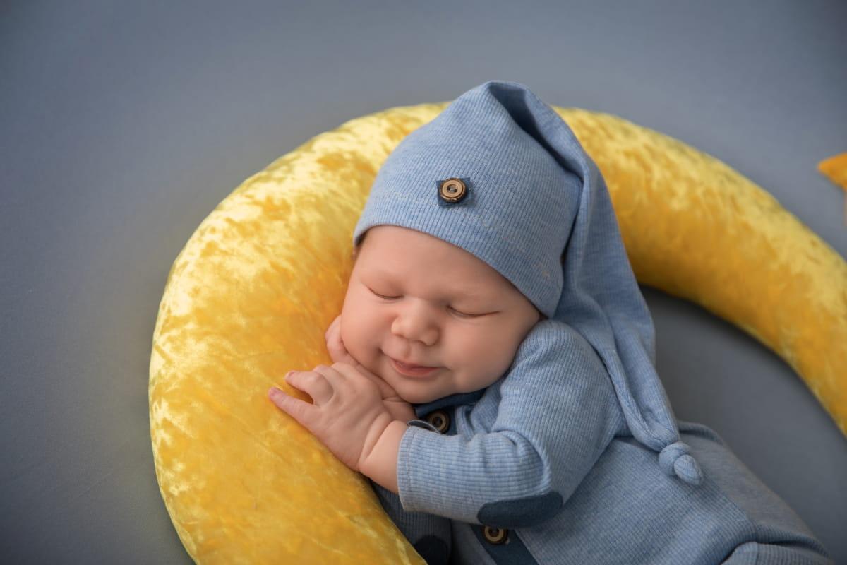 Фотосессия малыша в Гдове