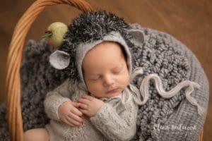 Фотосессия новорожденного мальчика