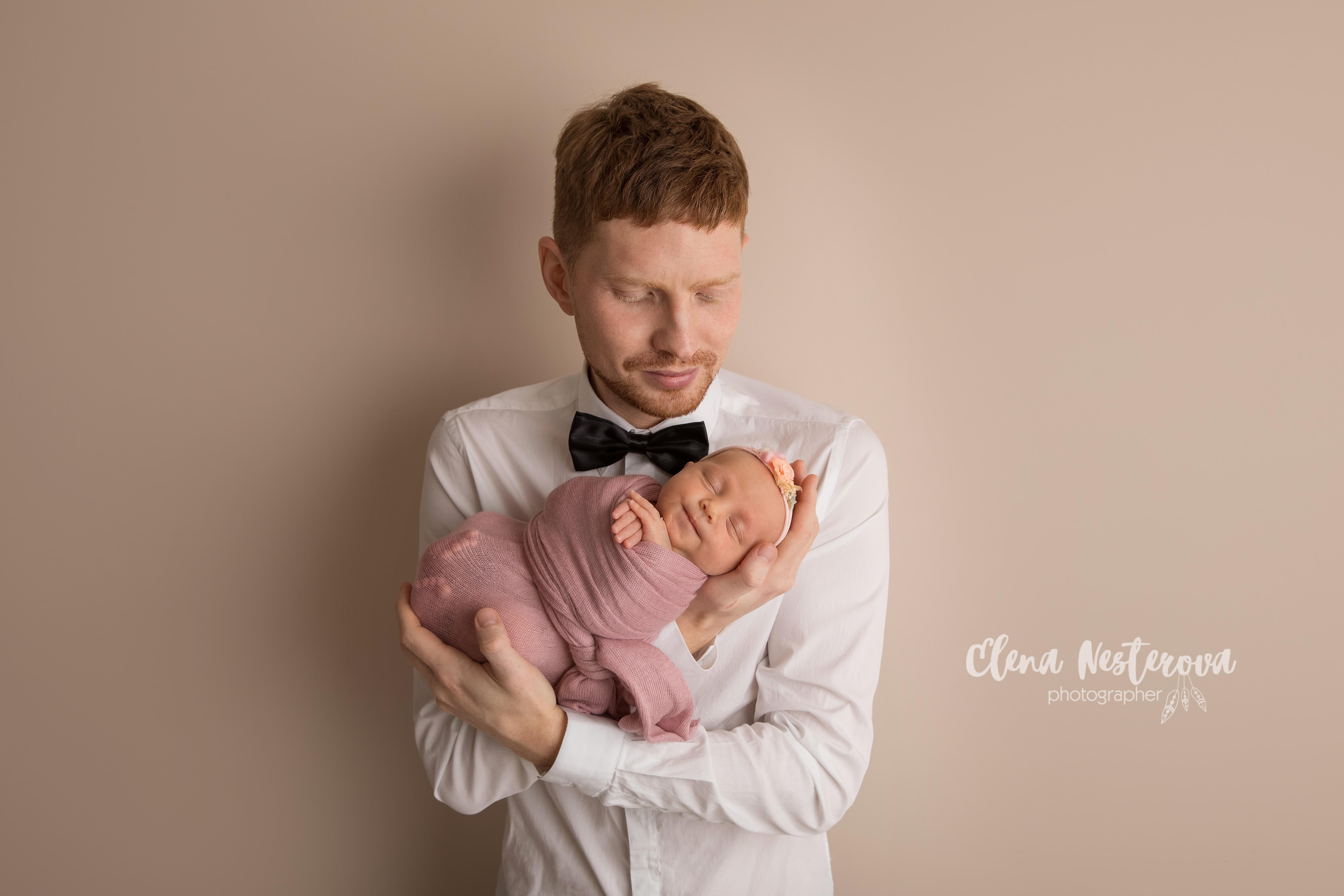 фотосессия новорожденных с папой