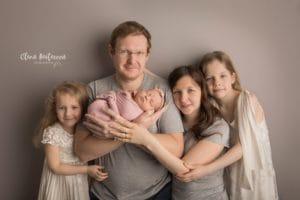 Семейная фотосессия с грудничком