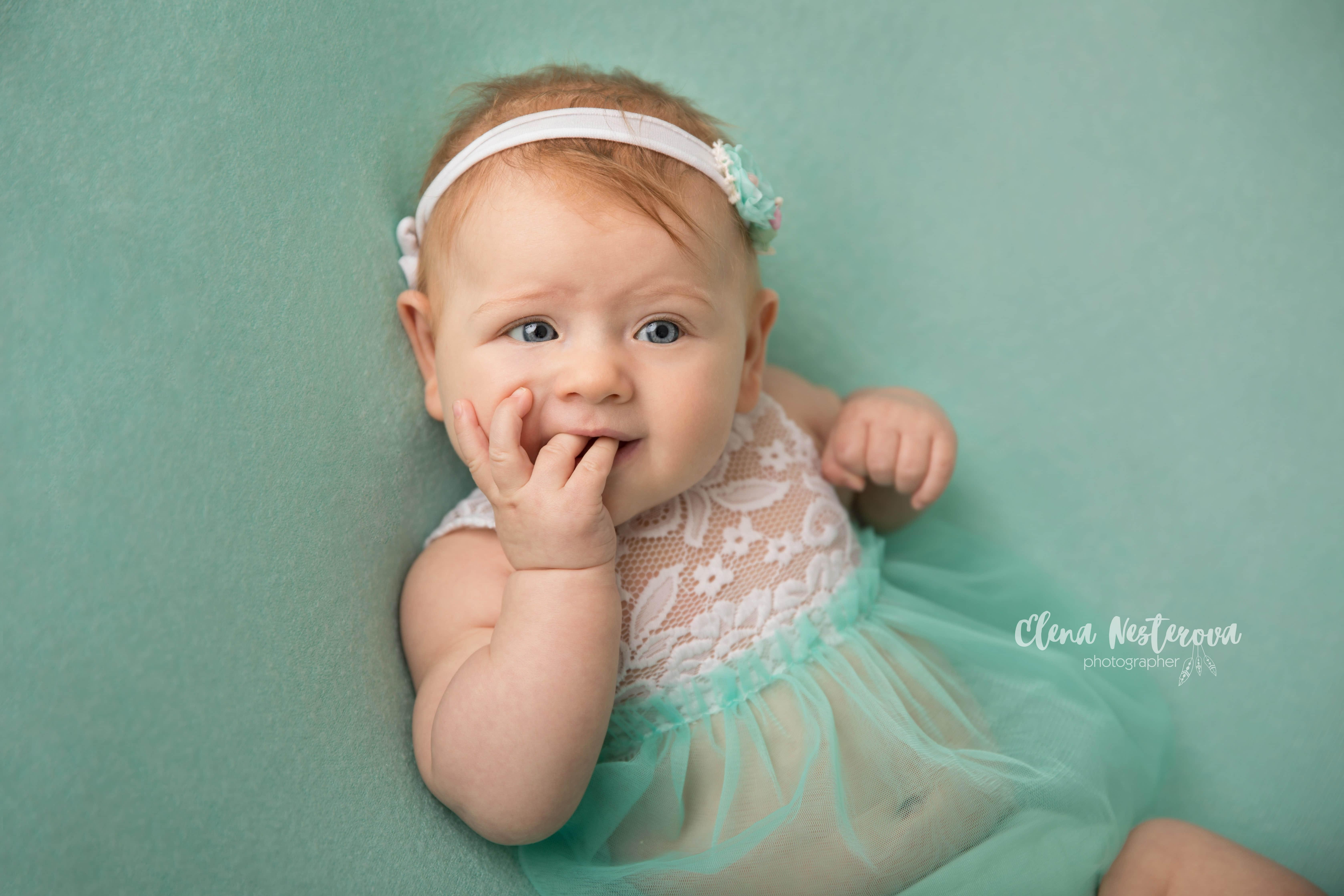 Фотосессии младенцев девочек