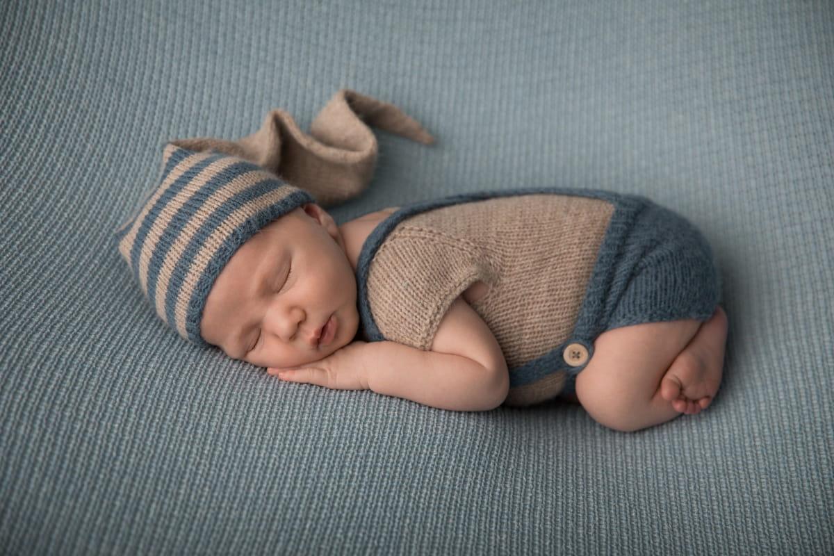 Фотосессия младенца в Чудово