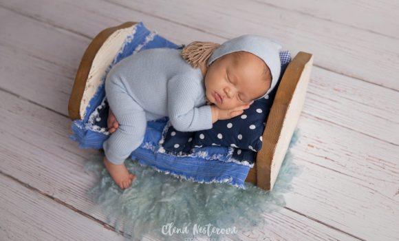 фотосессия новорожденного мальчика в образе