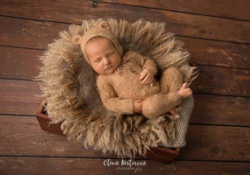 фотосъемка новорожденного мальчика в студии СПб