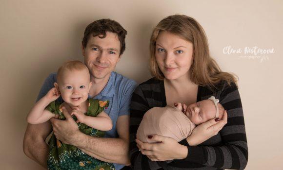 фотосессия грудничков с родителями
