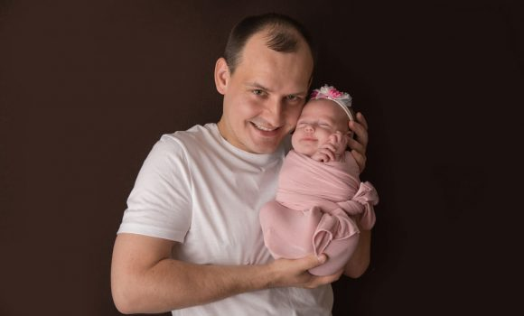 фотосессия новорожденного с папой